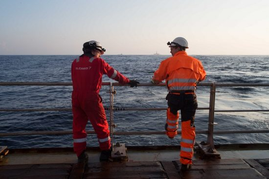 Seafarers_on_deck