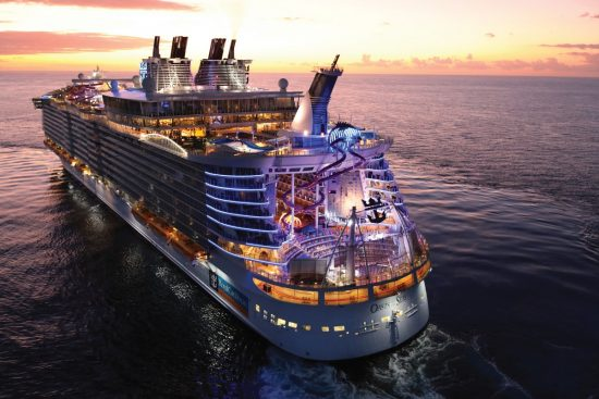 Oasis of the Seas_Cruise Ship
